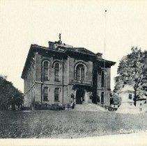 Image of Delaware County Courthouse built in 1876 on 91 Sandusky Street - Delaware                                                                                                                                                                         - 1937