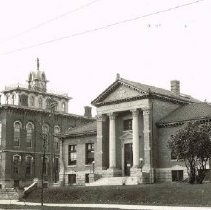 Image of Delaware Carnegie Library and surrounding buildings -