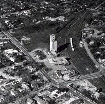 Image of Delaware Farmers Exchange - 25 Apr 1958