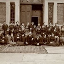 Image of Class Photo - Delaware High School                                                                                                                                                                                                                                      - April 1892