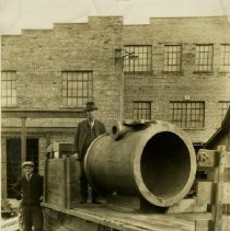 Image of Delaware Clay Company clay pipe - 1927