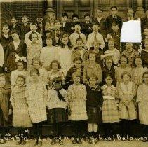 Image of 3rd, 4th & 5th Grades St. Marys School, Delaware, Ohio -