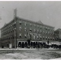 Image of Hotel Donavin on Southeast corner of Winter and Sandusky Streets -