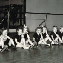 Image of 12 Unknown young under 6 girls from Betsy Humphries' Dance Studio sitting -