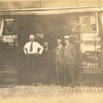 Image of Starr Drugs on Sandusky Street 1890s?