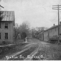 Image of Yankee Street view, Galena, Ohio. -