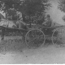 Image of 4 Wheel Horse Trap, Delaware, Ohio. - 10 Jun 1909