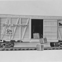 Image of American Flyer HO Great Northern Hay-jector box car - American Flyer HO Great Northern Hay-jector box car, catalog # 33818.  This is an A. C. Gilbert catalog photograph.  List price of the item shown was $4.98  in 1961.