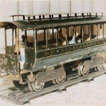 Image of Lionel No. 29 Trolley II - Lionel No. 29 Trolley, Standard gauge motor car.  Detailed description of trolley on back of photo.  Lou Redman collection.