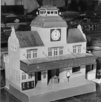 "Image of Marklin Train Station - This is a Marklin train station circa 1920-1925, painted tinplate construction. The clock was not an operating clock, but the hands could be manually set. For reference see ""Clockwork, Steam & Electric"" by Gustav Reder, page 164, illustration #382."