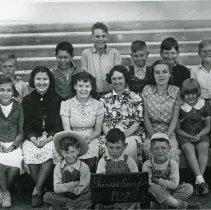 Image of TP1147 - Group - School, Chinese Camp the class of 1938. Student of various ages.