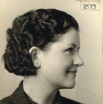 Image of TP2573 - Portrait - Daisey Jewitt, Member of Business Girls Club