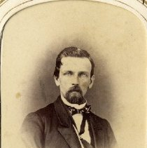 Image of TP3881 - A Black and white portrait of an unidentified man. Album #11 Sewell Collection.