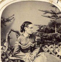 Image of TP3886 - A Black and white portrait of an unidentified woman. Album #11 Sewell Collection.Circa 1860's