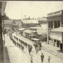 Image of TP459 - Group-Parade-July 4, 1923.