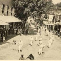Image of TP466 - Parade, July 4, 1923 on Washington Street in Sonora, looking north from Theall Street, shows both sides of street.