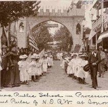 Image of TP478 - Sonora Public School in procession at Grand Parlor of N.D.G.W. at Sonora, 1897. 