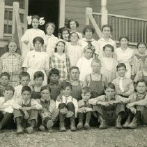 Image of TP4791 - Group-school Children.