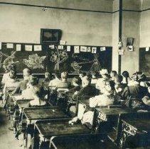 Image of TP4797 - Group-School Children, not identified. Teacher Annie Graham, Summerville