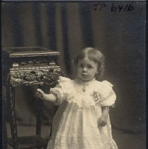 Image of TP6416 - Unknown child