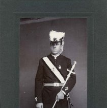 Image of TP10626 - Portrait-Not identified. Knight's Templar.