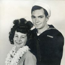 Image of TP15519 - A black and white portrait  of Ruth Bahten and Chet Minner, bride and groom.Chet Minner a WWll sailor.