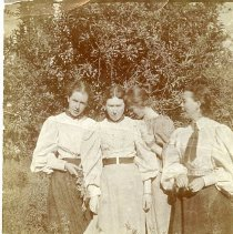 """Image of TP10985 - A 3"""" x 3-3/4"""" Black and white photo of the Leonard Sisters and Agnes McArdle."""