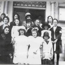 Image of Temple Beth Israel confirmation Class 1922