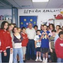 Image of Lou Dunst at Congregation Beth Am 2005