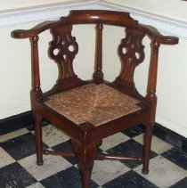 Image of C07.508 - Chippendale Corner Chair