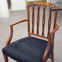 Image of C06.002 Arm Chair