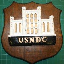 Image of C13.513 - USNDC Plaque