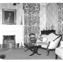 Image of Magnolias parlor