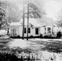 Image of Unidentified Bungalow