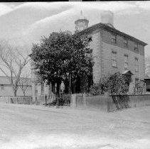 Image of PHOTOGRAPH, JEREMIAH LEE MANSION FACADE, 161 WASHINGTON ST.