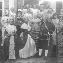Image of PHOTOGRAPH, COLONIAL TEA AT LEE MANSION, AUGUST 1913, COMMITTEE AND ASSISTA