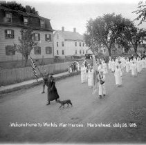 Image of PHOTOGRAPH, WELCOME HOME PARADE OF WAR HEROES, WOMENS RELIEF GROUP