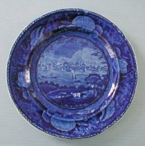 "Image of PLATE, ""CITY OF ALBANY, STATE OF NEW YORK"" - ENGLISH STAFFORDSHIRE PEARLWARE PLATE.  TRANSFER PRINTED IN �