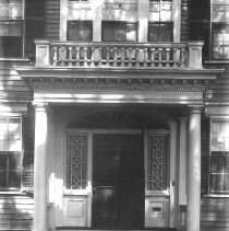 Image of PHOTOGRAPH, FRONT ENTRANCE, FABENS HOUSE, WASHINGTON ST. - GRAY-TONED PRINTING OUT PAPER PRINT, UNBORDERED; IMAGE OF FRONT �