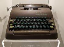 Image of 2004.83.1a Typewriter