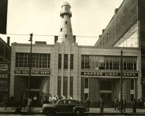 Image of 92-67 Photo of 1948 Harbor Light building