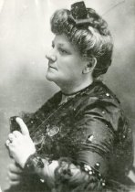 Image of Edith E. T. Lessing