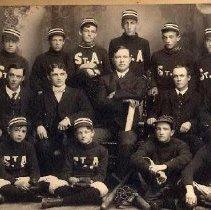 Image of St. Andrew's Baseball Team