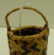Image of Native American Baskets - Miniature Egg Basket
