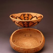 Image of Native American Baskets - Bowl with Flower or Star