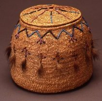 Image of Native American Baskets - Round Basket with Hinged Cover