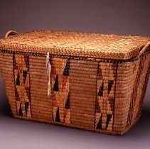 Image of Native American Baskets - Trunk