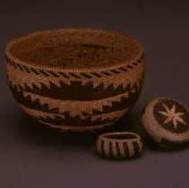"Image of Native American Baskets - Miniature Bowl with ""Spread Hand"" Design"