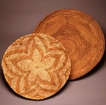 Image of Native American Baskets - Tray with Five-Armed Star