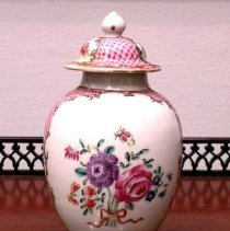 Image of Miscellaneous - Tea Caddy
